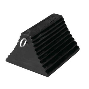 Molded Rubber Wheel Chocks Pyramid with Eye Hook