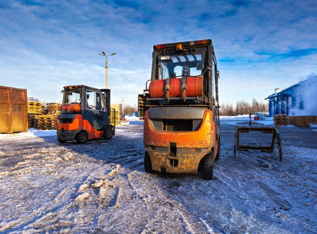 Winter Operation of Forklifts: Top Safety Tips