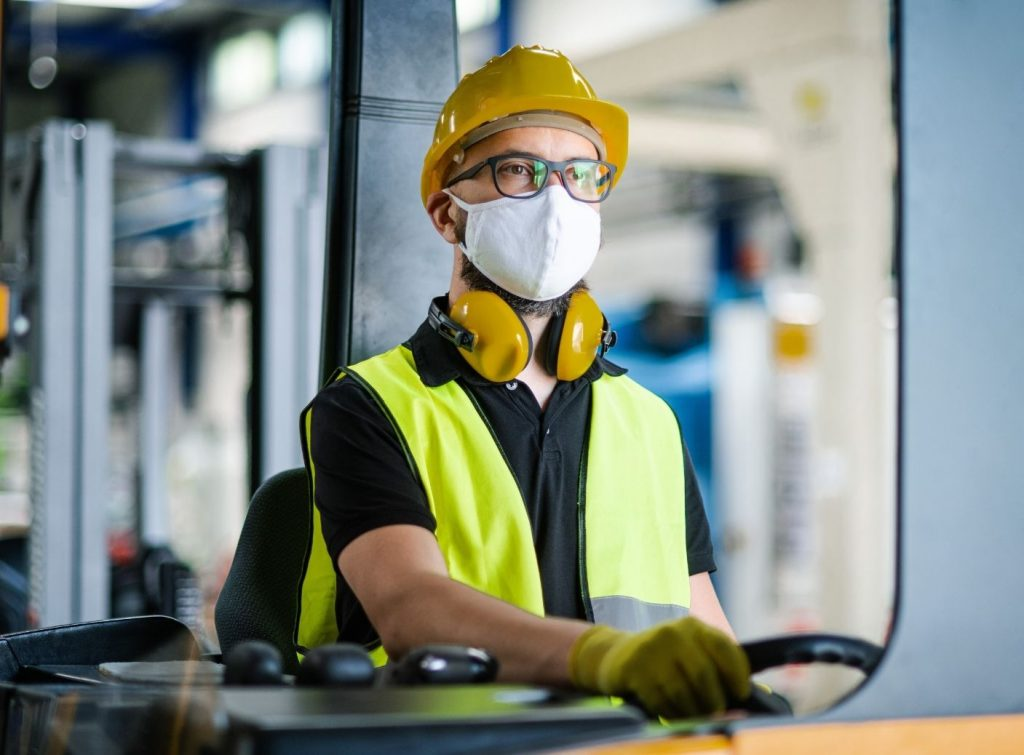 The Benefits of Forklifts in Warehouses